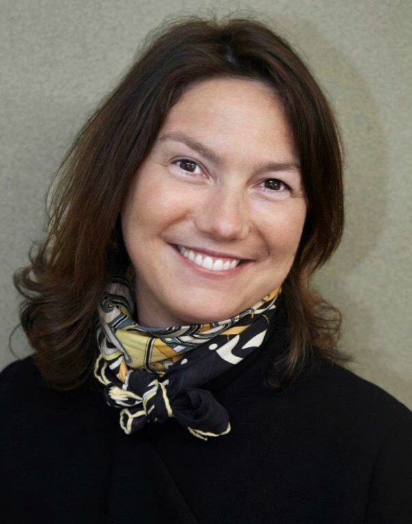 Albena FAUVEL,<br /> Standardiste